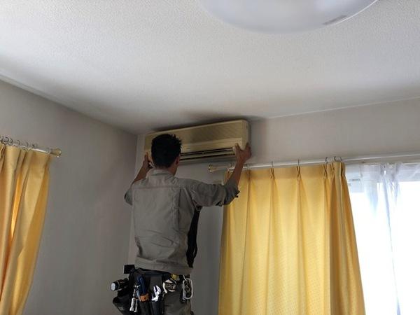 隠蔽配管洗浄後、エアコン入れ替え
