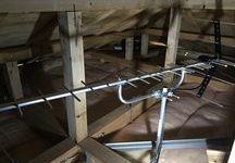 屋根裏UHFアンテナ+ベランダ4K8K対応BSアンテナ工事