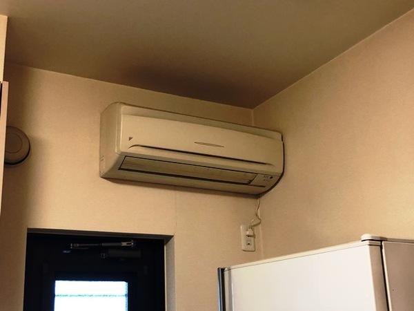 ダイキン 配管埋め込みのエアコン入れ替え工事